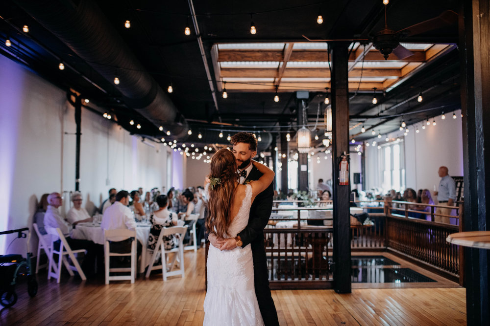 OARDC Intimate Wedding Wooster Ohio Spoon Market wedding venue grace e jones photography ohio wedding photographer 298.jpg