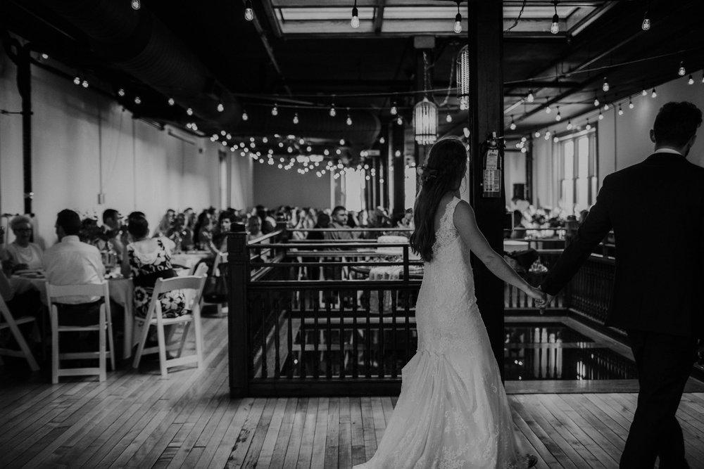 OARDC Intimate Wedding Wooster Ohio Spoon Market wedding venue grace e jones photography ohio wedding photographer 294.jpg