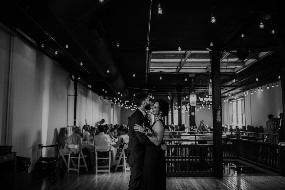 OARDC Intimate Wedding Wooster Ohio Spoon Market wedding venue grace e jones photography ohio wedding photographer 291.jpg