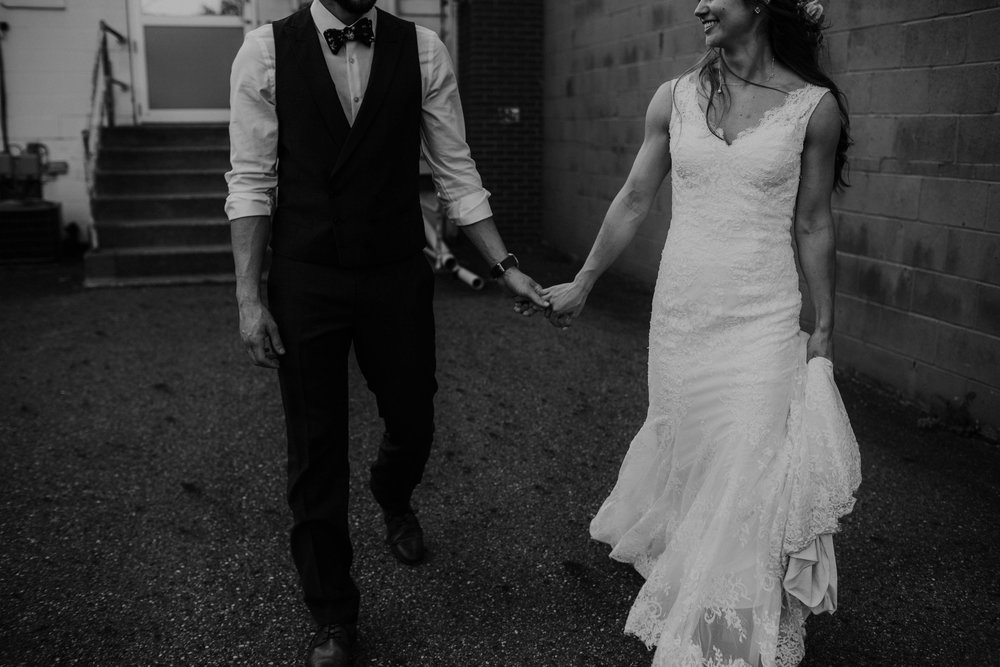 OARDC Intimate Wedding Wooster Ohio Spoon Market wedding venue grace e jones photography ohio wedding photographer 118.jpg