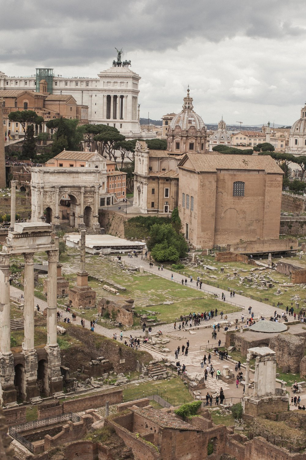 Rome_Two_Moon_Photography-0994.jpg