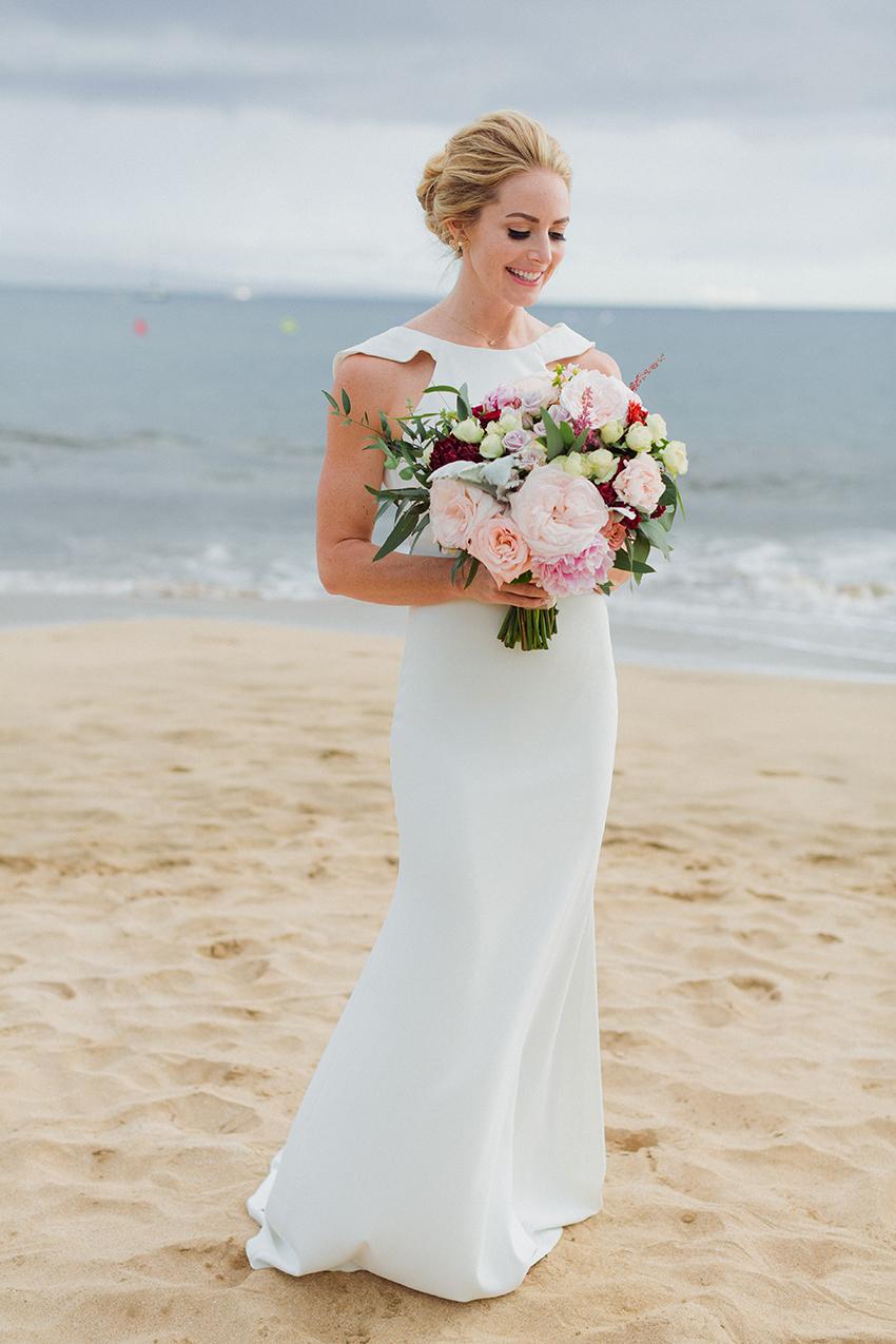 chris_J_evans_maui_beach_wedding_00004.jpg