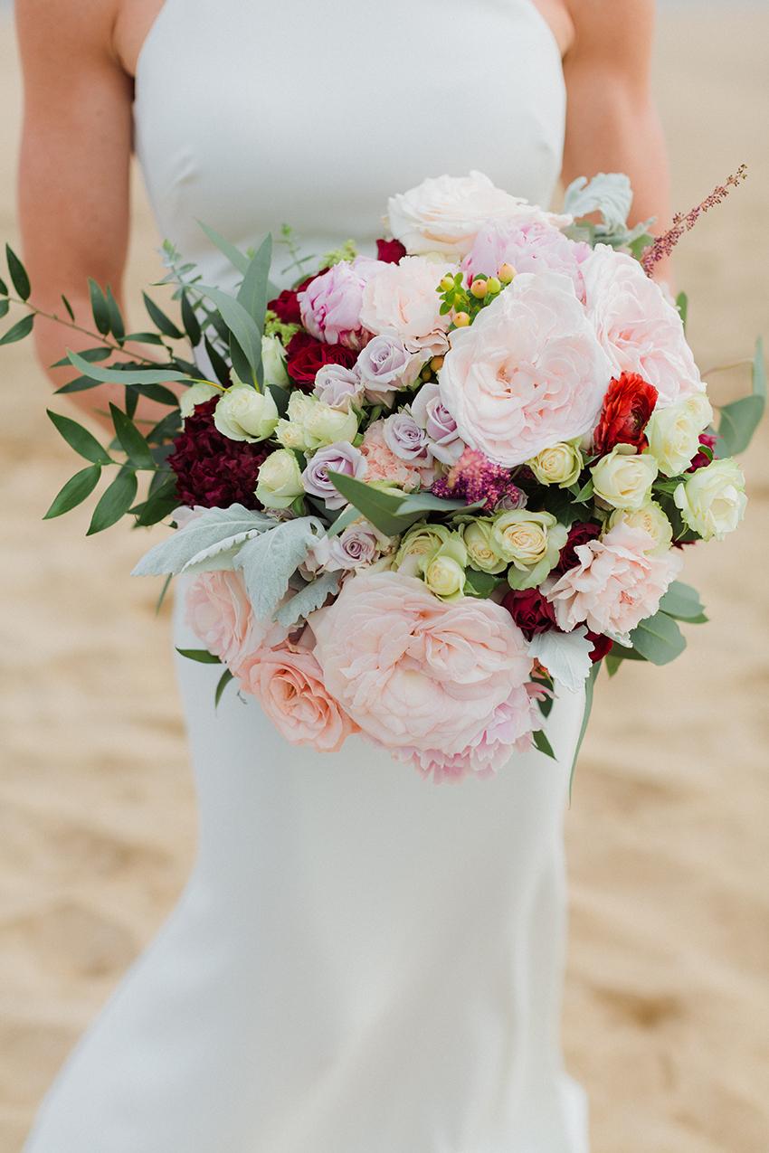 chris_J_evans_maui_beach_wedding_00007.jpg