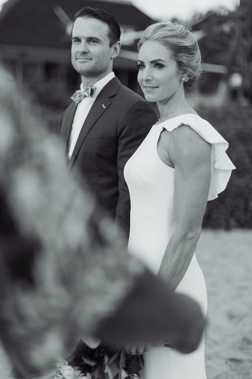 chris_J_evans_maui_beach_wedding_00018.jpg