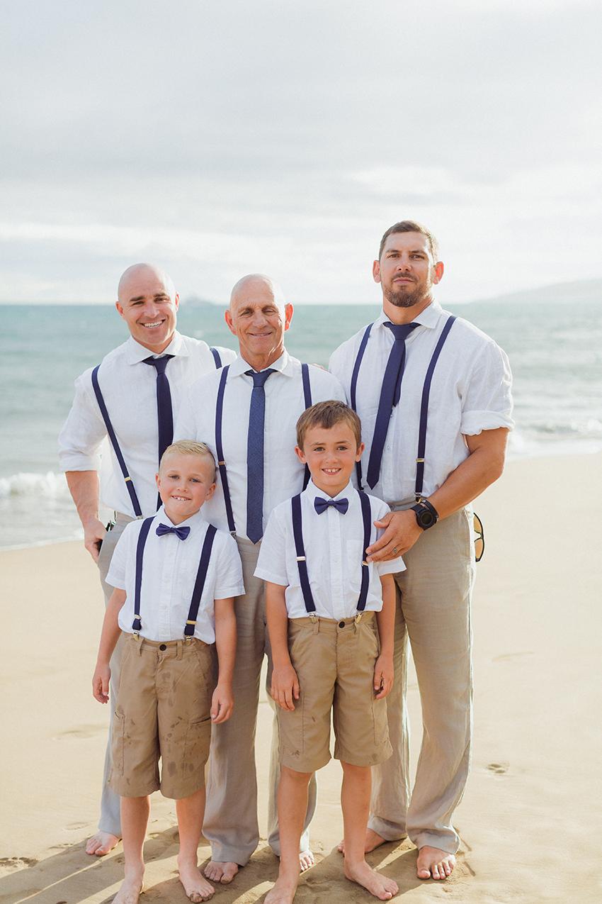 chris_J_evans_maui_beach_wedding_00031.jpg