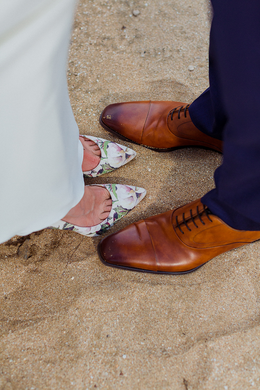 chris_J_evans_maui_beach_wedding_00043.jpg