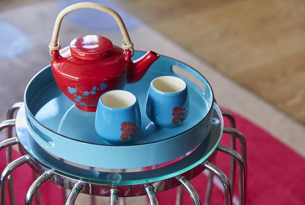 HKGIN_Detail_Teapot.jpg
