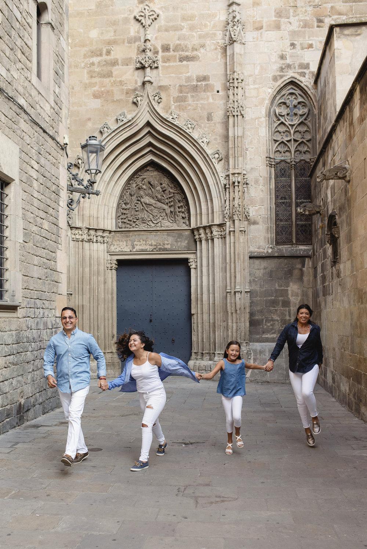javier-family-in-barcelona_11.jpg