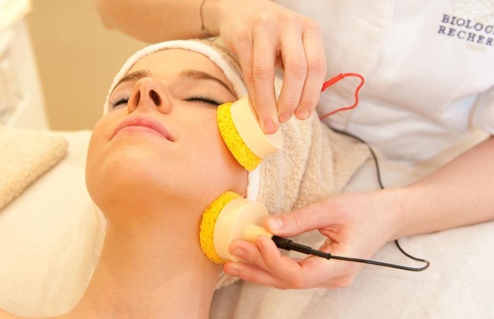 Biologique Recherche Remodeling Face Treatment