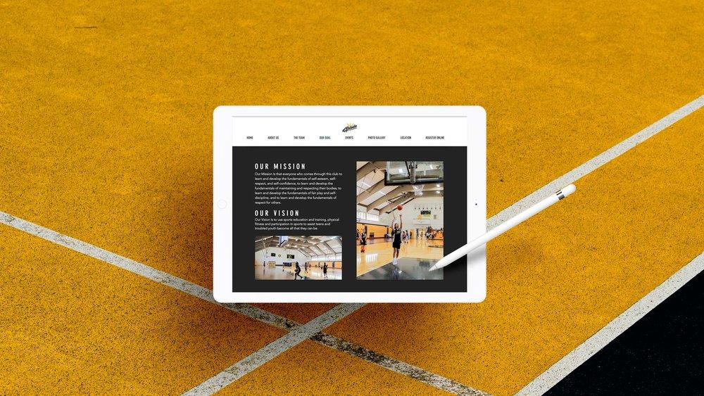 02-Showcase-Project-Presentation-iPad.jpg