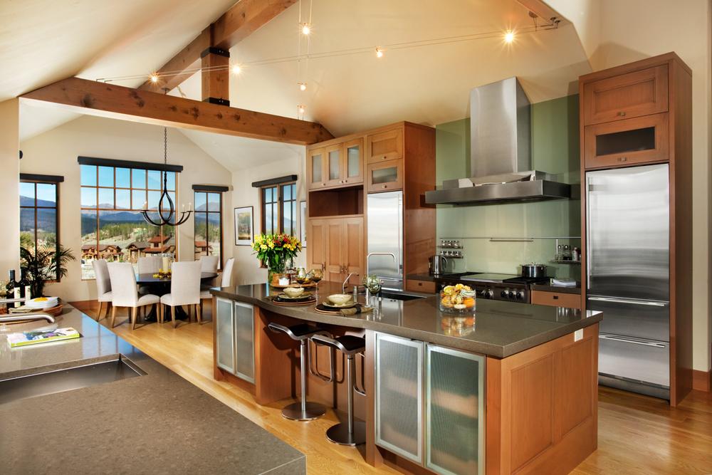 28SageDrive_Kitchen-2.jpg