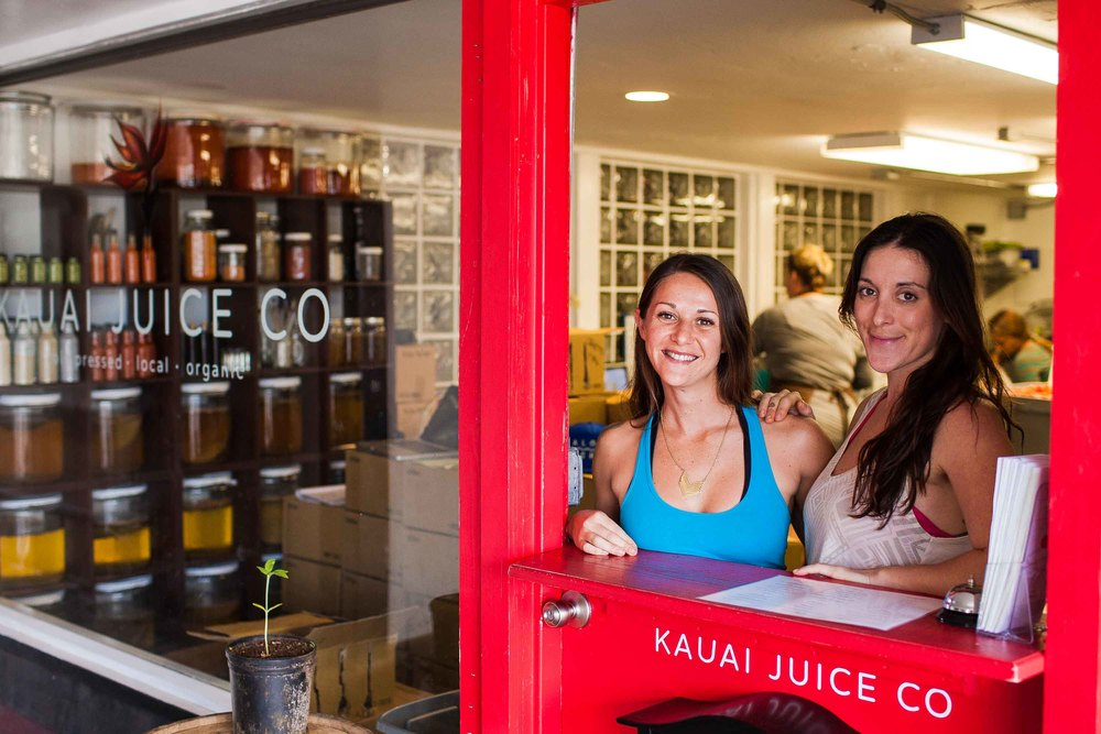 Robin Fisher and Kristal Veighl (owner), the smiling faces of Kauai Juice Co.