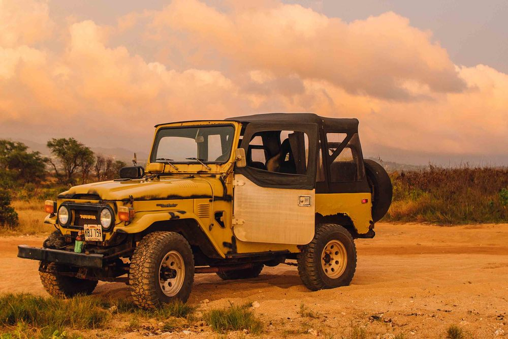 bryce-johnson-kauai-fj40-toyota-landcruiser-aloha exchange-slowtide-8.jpg