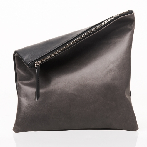 large-pouch_black-charcoal2_0.jpg