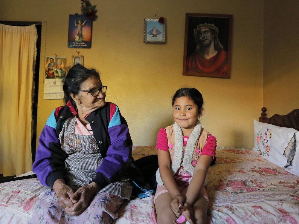 Abuela e hija_3000.jpg