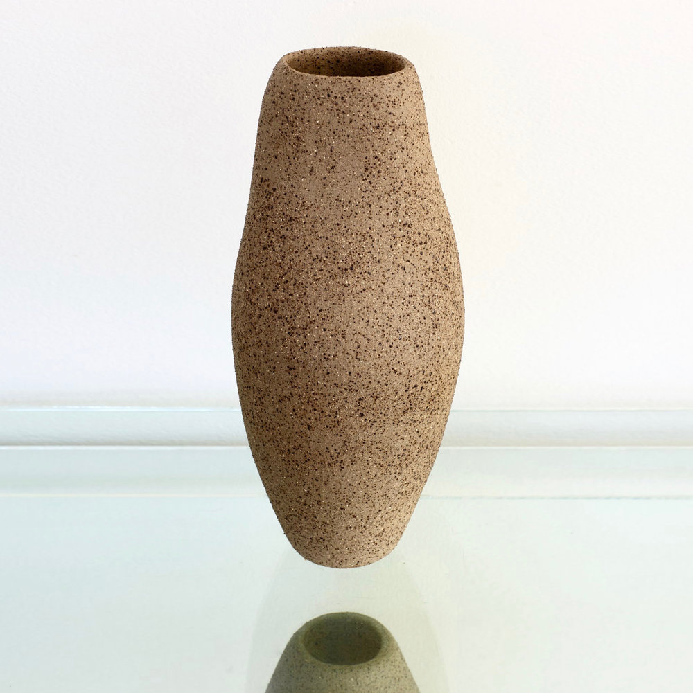Pushmepullyou Willow Vase