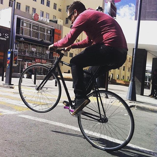 @ponchogaa poppin' wheelies into the weekend! Our Vida framesets now ON SALE!
