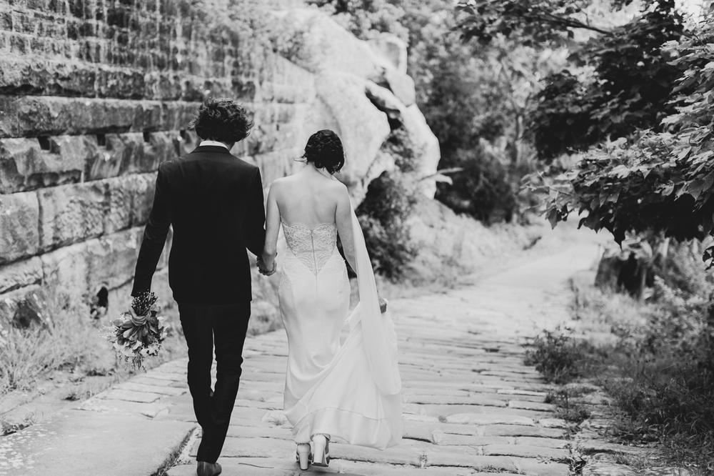 Emma & Mitch - Watsons Bay Hotel - Summer Wedding - Samantha Heather Photography-180.jpg