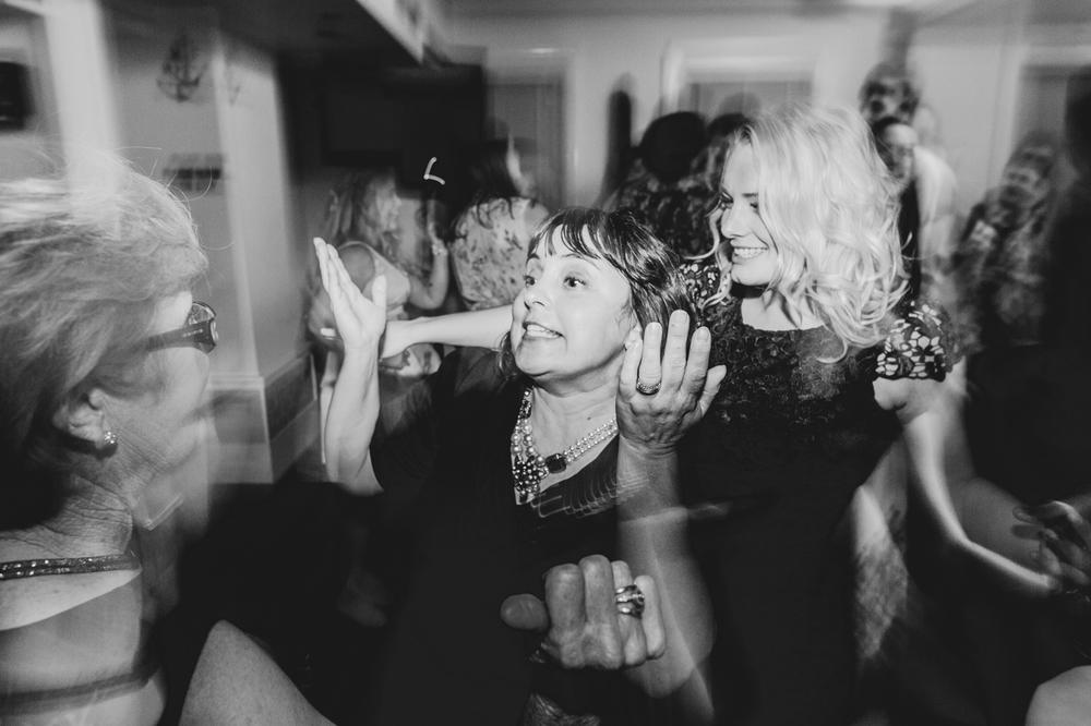 Emma & Mitch - Watsons Bay Hotel - Summer Wedding - Samantha Heather Photography-282.jpg