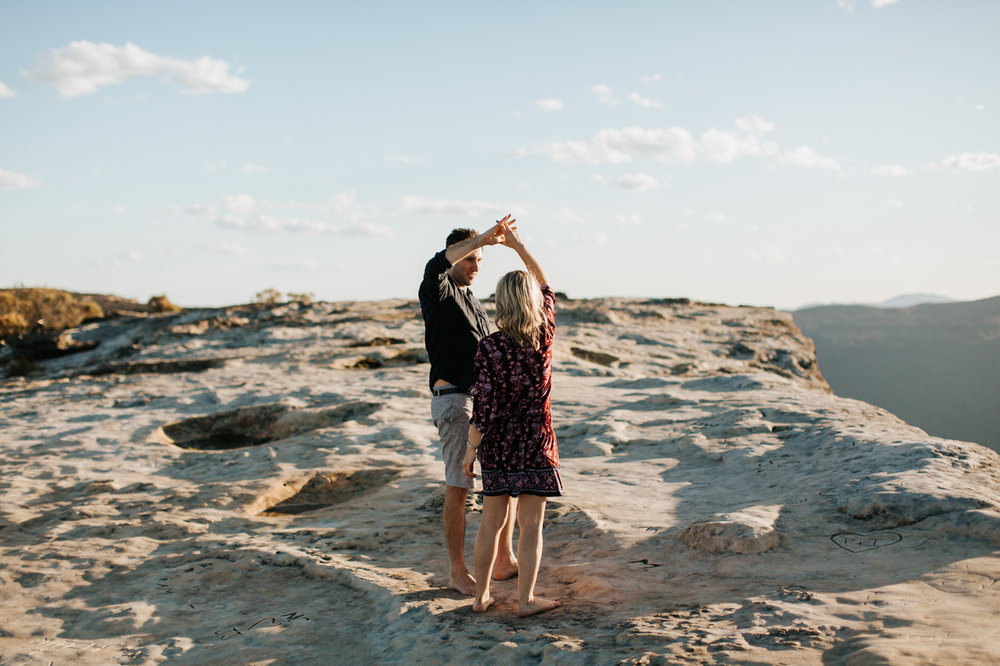 Emma & Ben - Blue Mountain Sunset Engagement - Samantha Heather Photography-25.jpg