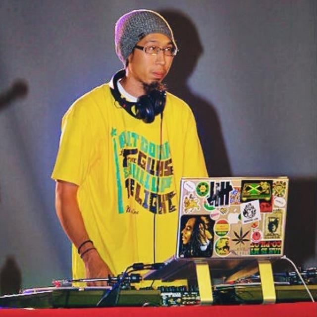 Putdowntheguns -DJ Shai.JPG