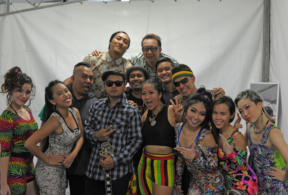 "New Singapura Musical Family ""The Irietones"" & Ragga Wacka Dancers"