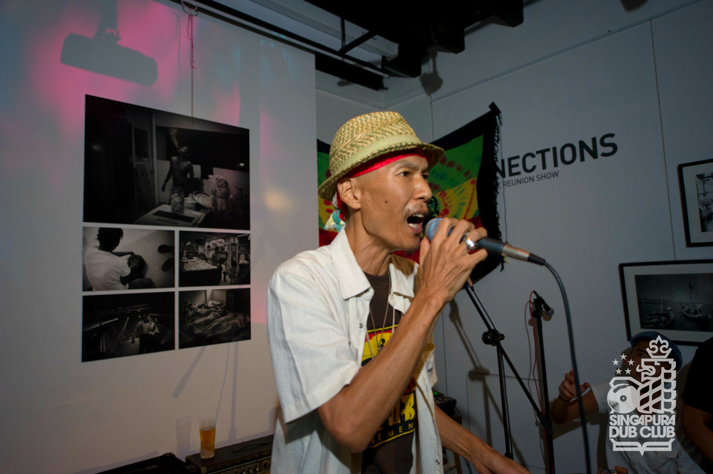 Papa U-Gee original Japan Don Da Da.  Check out snippets from his set after the jump!