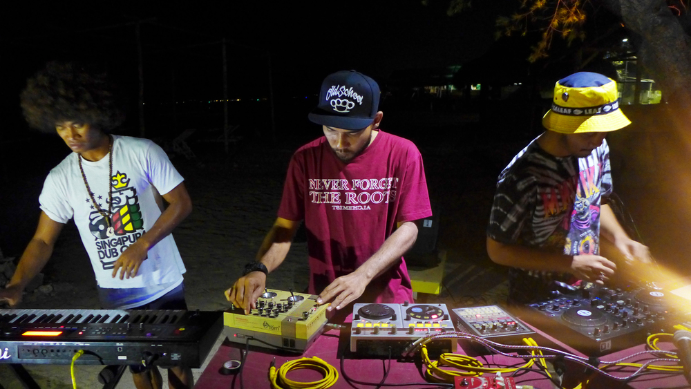 Rockers at the Marley Bar, Gili Trawangan.  Left to Right: Iwanouz, Danger Dope & Keyko bringing Indonesian Soundsystem Rudeboy styles to the islands.