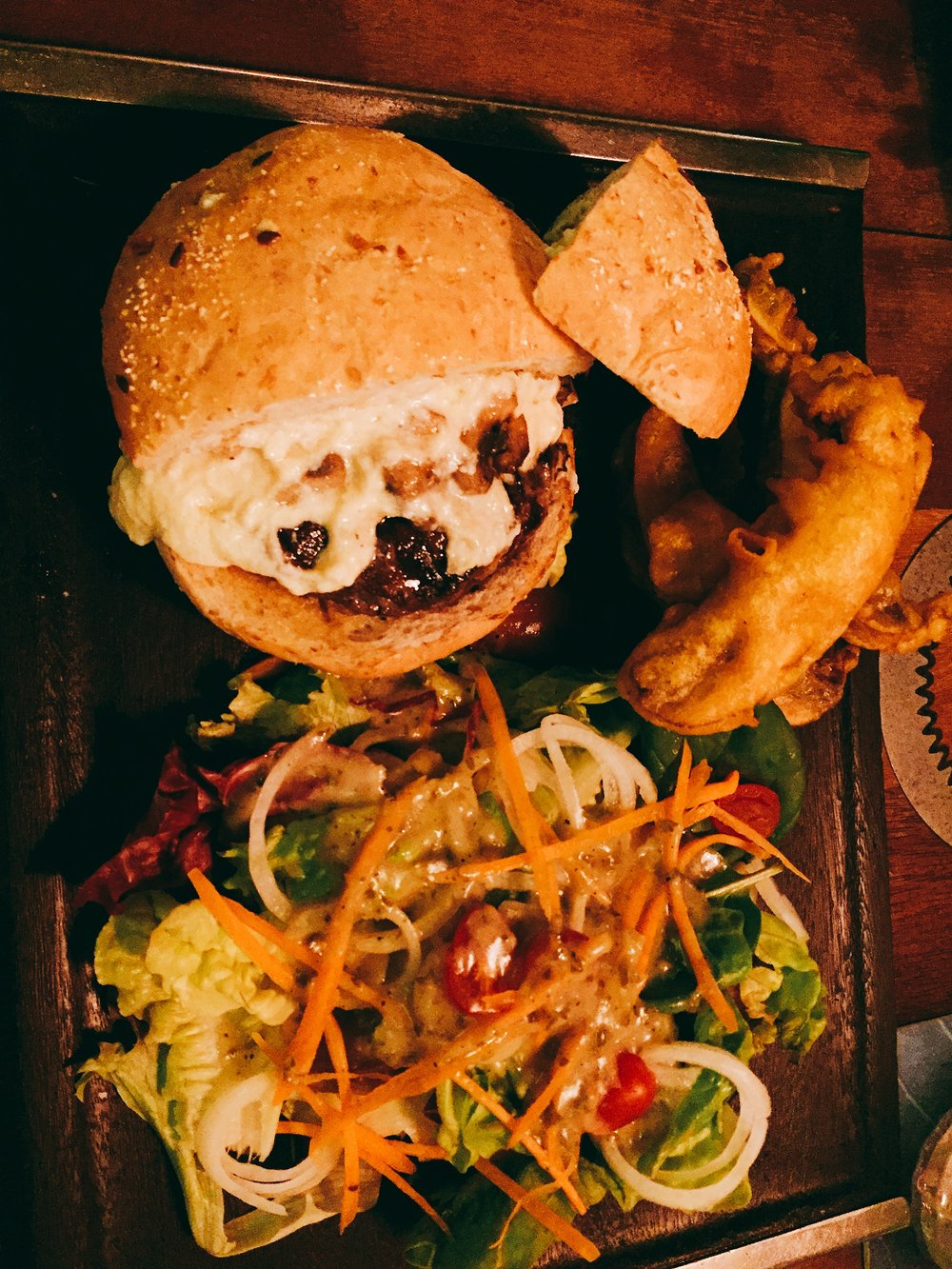 Daily Grind's Japanese Yodel Burger