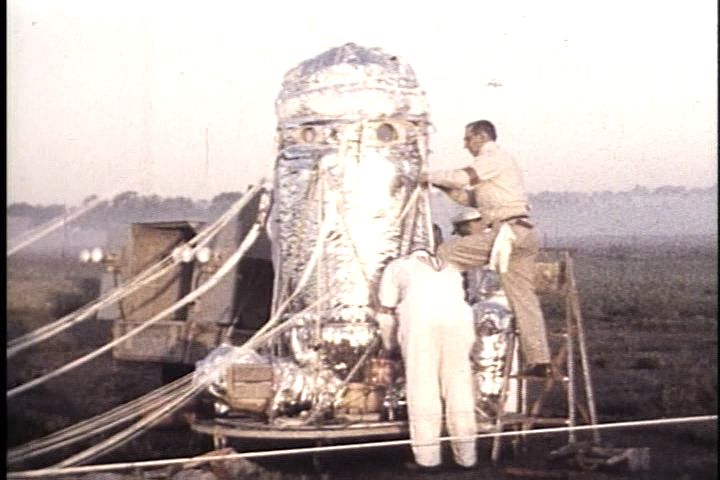 Man High capsule preparing for launch.  Image Source: Stratocat .