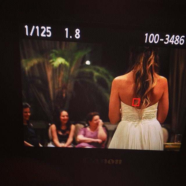 Hoje foi aqui em Bauru. Noiva linda, mas não vamos revelar tudo ainda :) #casamento #wedding #casalume #laterrasse #bauru #noiva #eduoliveira