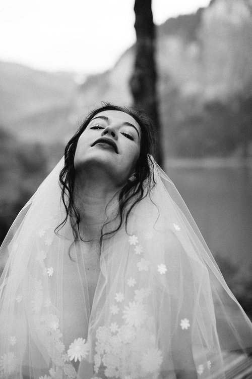 elise-hameau-robe-mariee-mariage-ceremonie-2018-maud-chalard_01.jpg