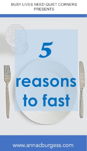 5 reasons why fasting is worth doing and how we can embrace it as a regular spiritual discipline. #fasting #howtofast #whyfast #fasting ideas