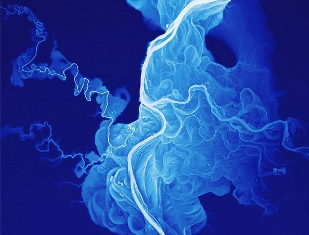 This LIDAR (Laser Interferometry Detection and Ranging) image shows the historic channels and meanderings of a section of the Willamette River in Oregon.  Credit:  Dan Coe/   Oregon Department of Geology and Mineral Industries.  Order a poster version  here .