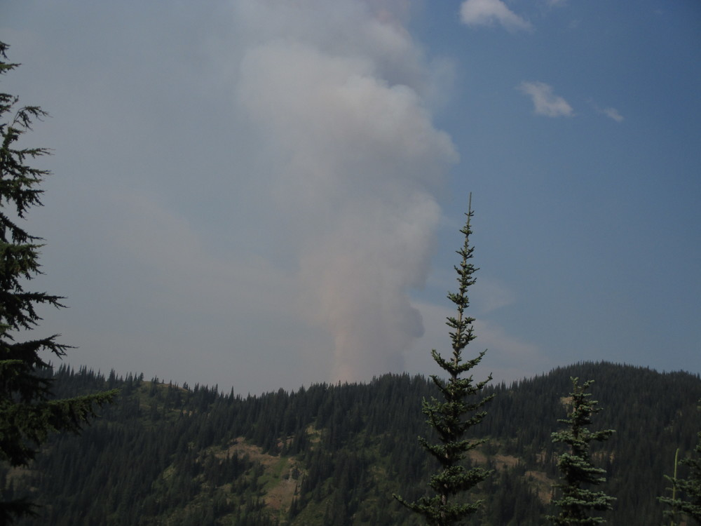 "Smoke and heat from 70-acre  ""Lost Ridge"" wildfire on Sunday generated pyrocumulus clouds above it."