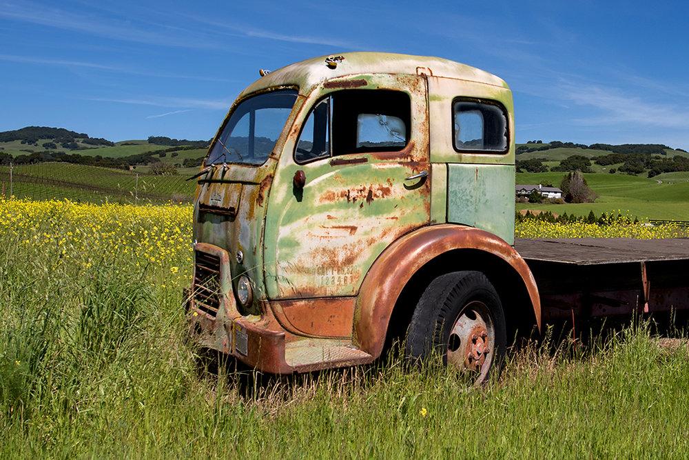 Vintage Cars & Trucks — Francesca Scalpi