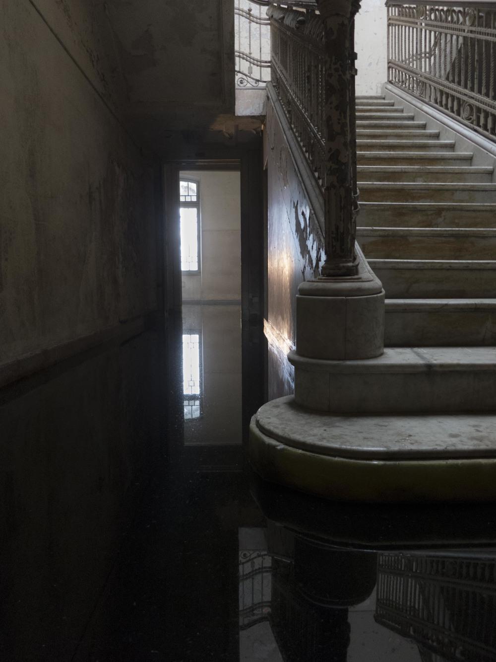 matarazzo_stairs_and_water-1816.jpg