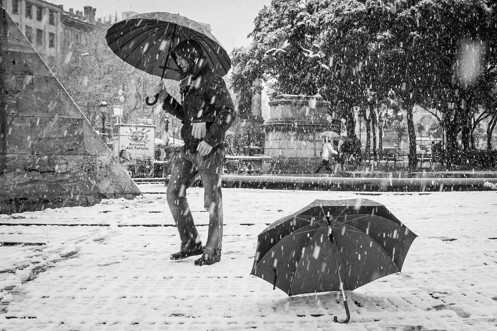 Barcelona_Snow_Umbrellas-0653-2.jpg
