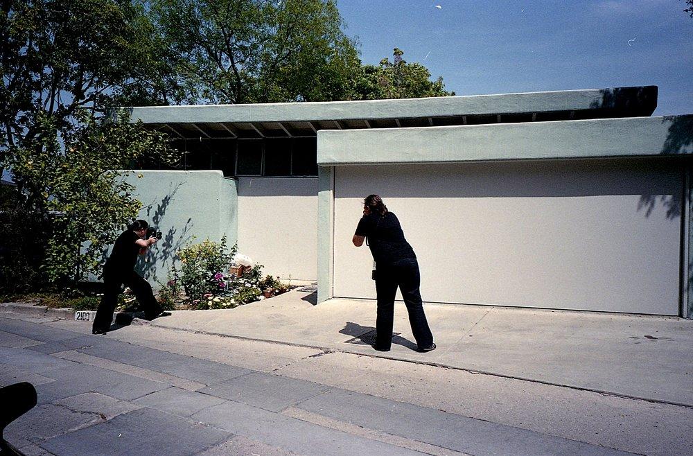 Schindler, Silverlake, LA. Modern Paparrazas photo by Darin Klein.