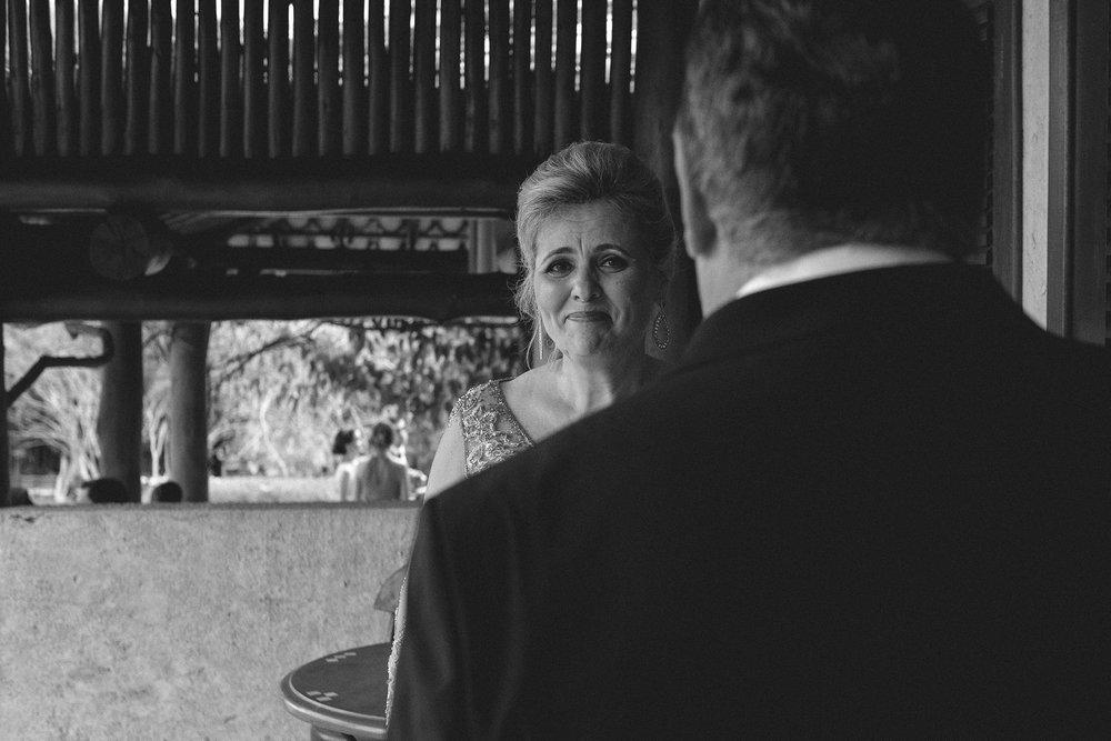 Marina e Vitor - Destination Weddding - Gustavo Semeghini - Hotel Leão de Judá - São Sebastião do Paraíso - 2riosmemórias - 18.jpg