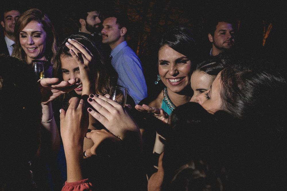 Marina e Vitor - Destination Weddding - Gustavo Semeghini - Hotel Leão de Judá - São Sebastião do Paraíso - 2riosmemórias - 50.jpg