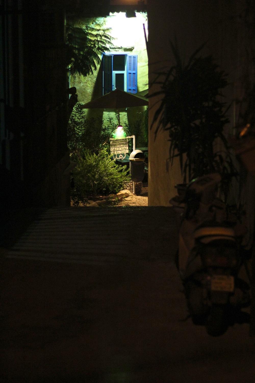 hidden hostel.jpg