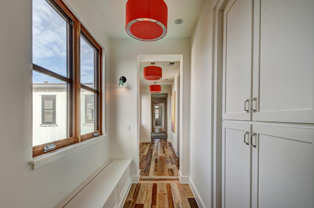Hallway_Upstairs.jpg