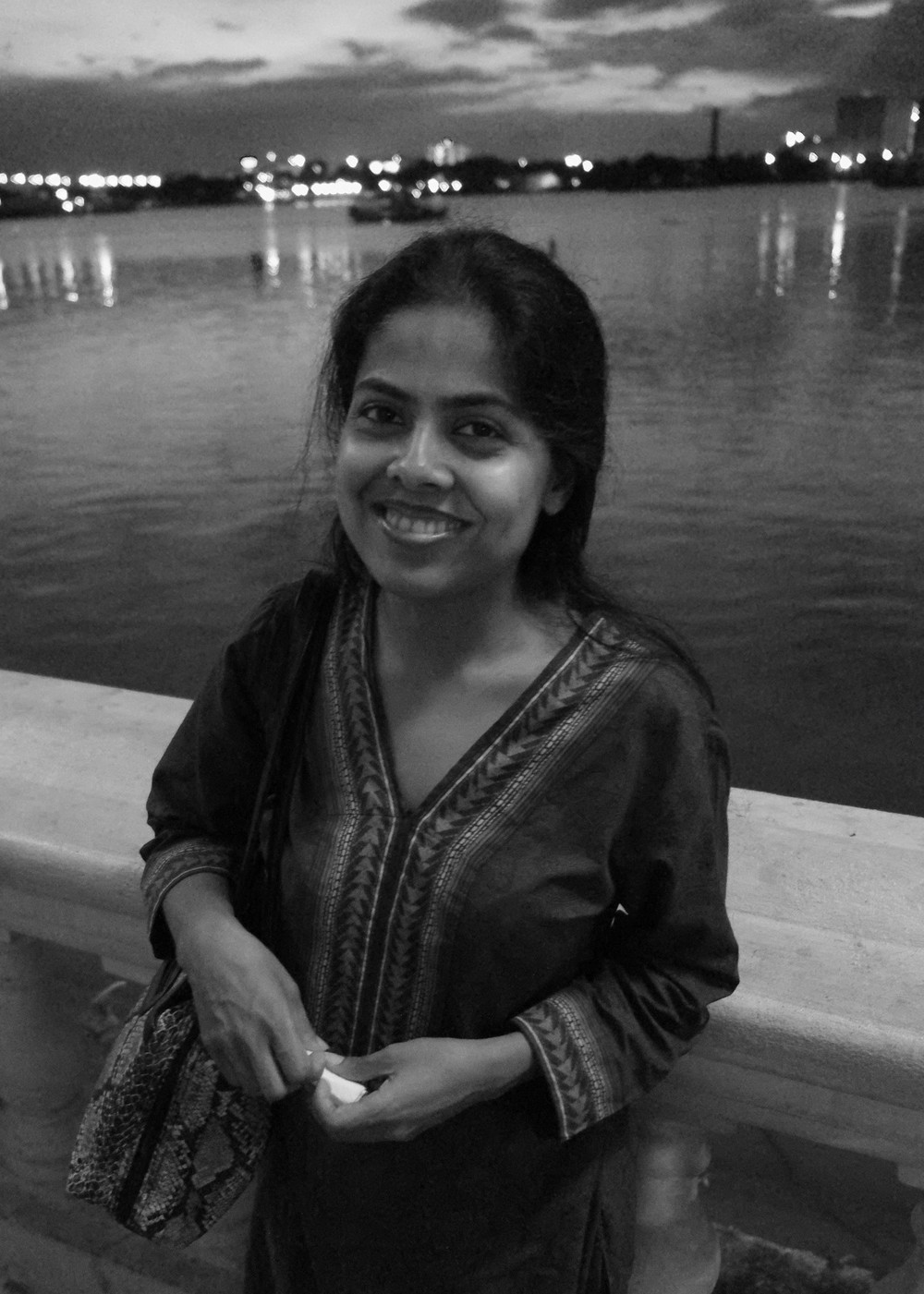 Suchismita again along the river, kolkata, august 2014