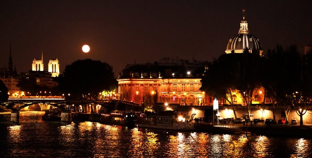 full moon over the seine, paris, 2015