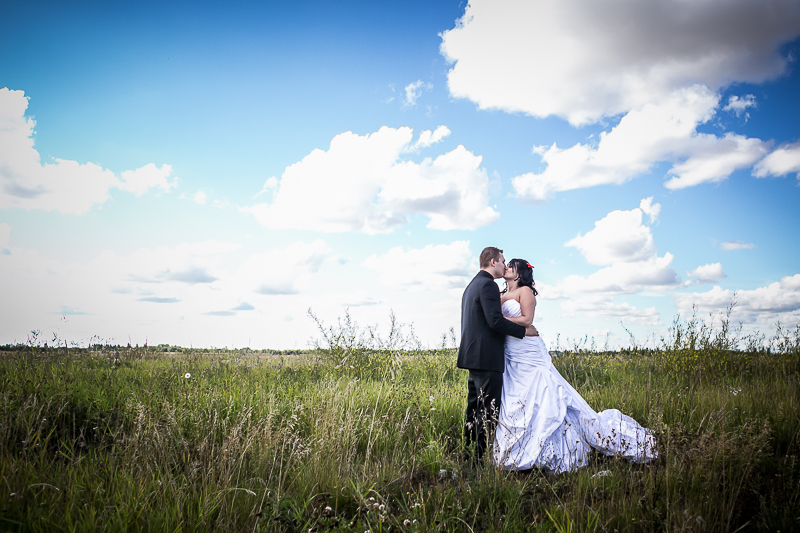 Edmonton_Photographer_Weddings.jpg