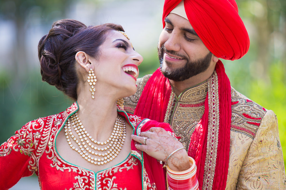 201607300102Edmonton-Photographer-East-Indian-Weddings-Wedding-Day-Chanpreet-&-Gurdeep-2276.jpg
