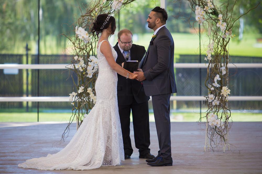 201608050048Edmonton-Photographer-Weddings-Robby-&-Michelle-3445.jpg