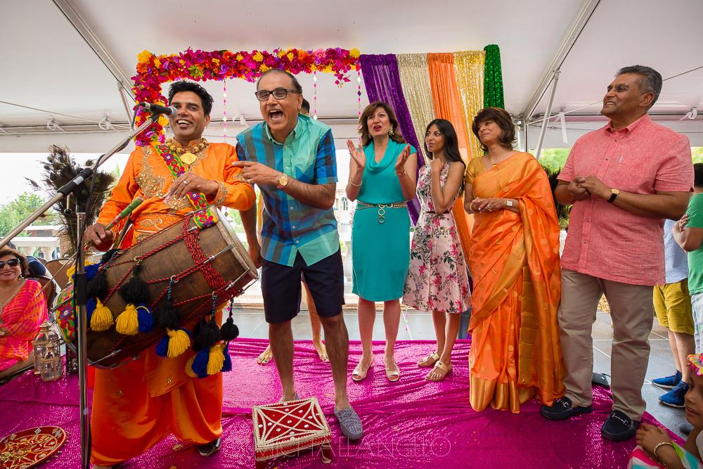 2017081000018Edmonton-Photographer-Weddings-Paul-&-Rakhee-Maiyan-&-Sangeet-9478.jpg
