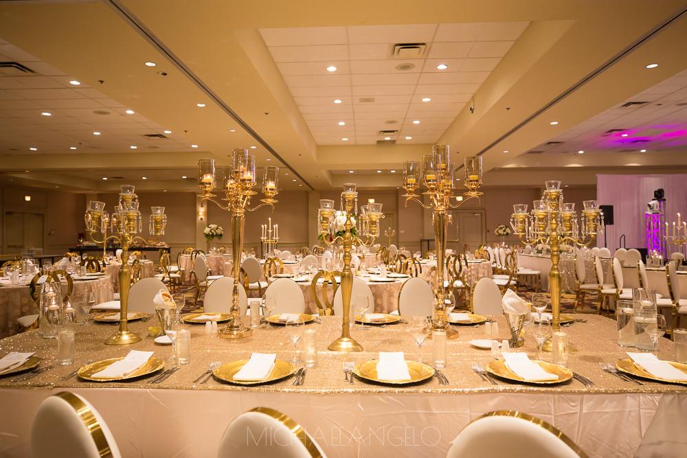 Sikh-Destination-Wedding-Maiyan-Jaago-Sangeet-Kelowna-Marriott-Grand-Okanagan